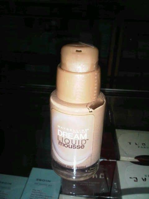 Maybelline Dream Liquid Mousse Foundation 125.000 diskon jadi 120.000