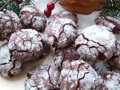 Biscotti Screpolati dal cuore morbido. La ricetta qui -----> http://www.petitchef.it/ricette/dessert/biscotti-screpolati-dal-cuore-morbido-fid-1509517