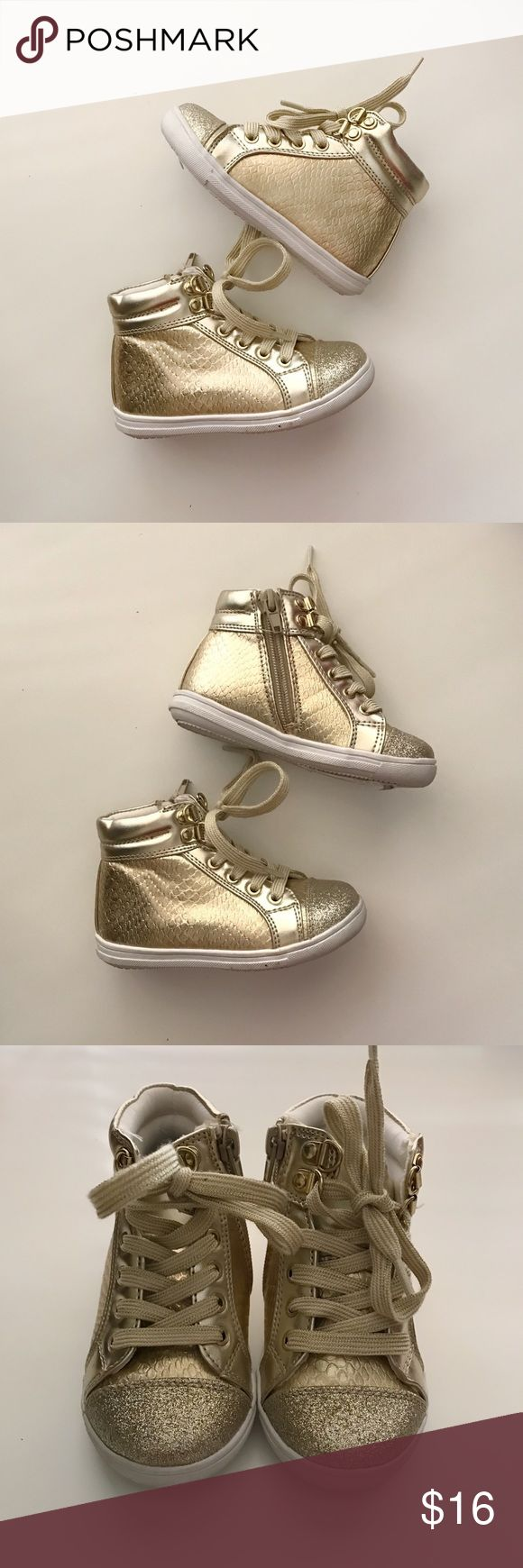 Rachel Shoes\\ Nordstrom toddler Adorable gold shoes for your little girl. My picky 3 year old didn't like them... I hope yours does! Bundle to save, I'm very generous on my kids clothes when bundled  Nordstrom Shoes Sneakers