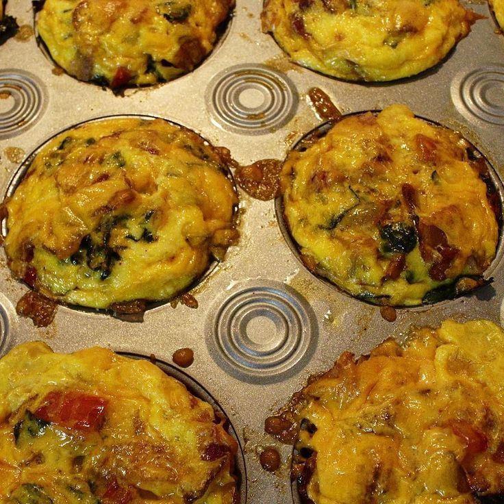 Muffin Tin scrambled eggs are perfect for breakfast meal prep. Watch the video recipe on the Bachelor on a Budget YouTube channel.