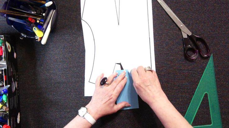 Перевод плечевой вытачки в горловину по методу Светланы Поярковой