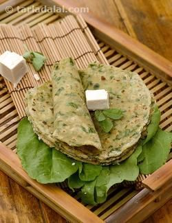 Hariyali Tofu Rotis, bored of eating chapatis and parathas everyday? Don't worry, here's an interesting variation to the everyday Indian bread. Spinach and fenugreek add colour and flavour, while whole wheat flour and tofu add to the protein content.