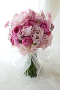 クラッチブーケ ピンクのドレスに アニヴェルセル豊洲様へ