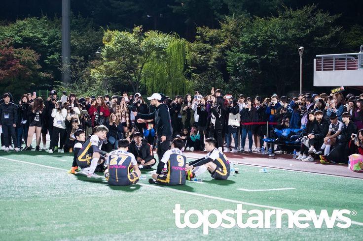 [UHD포토] 기자회견장을 방불케하는 팬들의 셔터 세례 #topstarnews