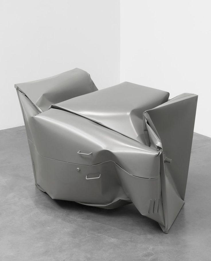 uvre:The Locker, Monika Sosnowska, 2011.