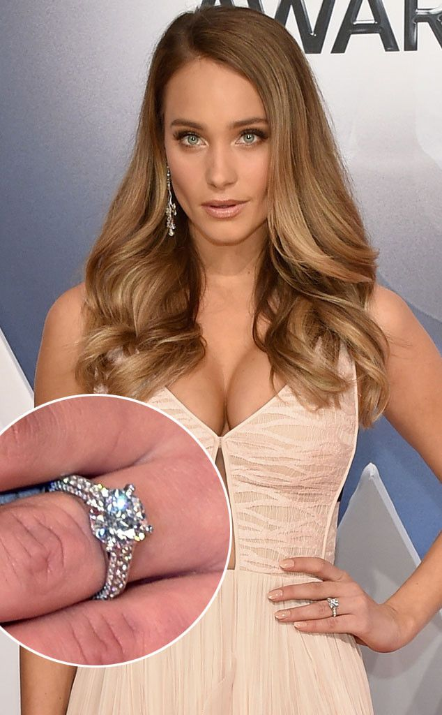 How Much Did Derek Jeter Throw Down on Hannah Davis' Engagement Ring? Get the Details | E! Online Mobile