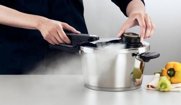 Despre avantajele oferite in bucatarie de oala sub presiune