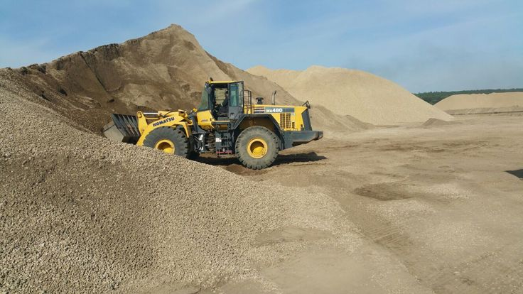Gravel Hauling in Alberta is Handled with Care: The construction industry has consistent requirement for hauling services and the equipments which can ensure the faster accomplishment of the tasks.