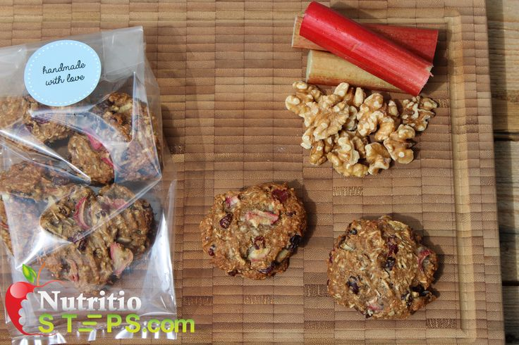 BUTTERLESS COOKIE INSPIRED RHUBARB CAKE BISCUITS