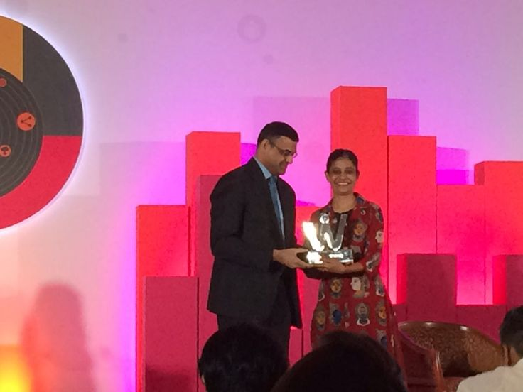 Shabia Walia, Founder of Wild Earth wins the Digital Women Achievers Award 2017 in the category 'Disruption'.
