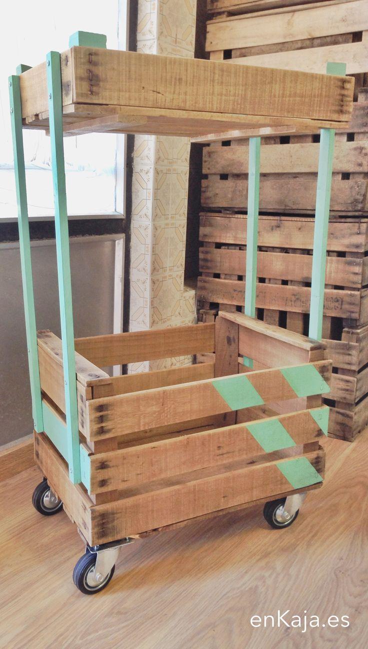 Wooden crate. Caja de madera. Cajas de madera. Ideas. Deco. Rustic. Carrito. Almacenaje. Storage. www.enkaja.es. Wooden box. Fruit box. Wood. Design.