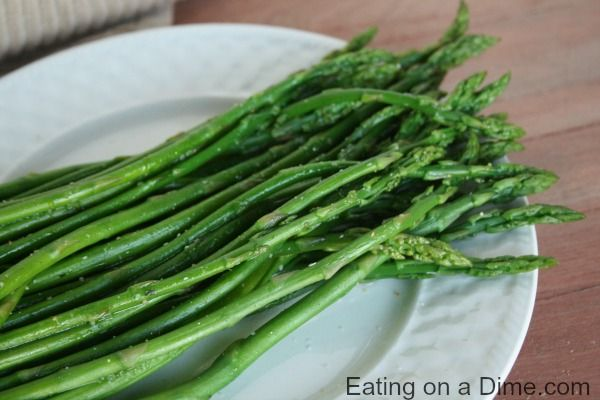 This Garlic Lime Steamed Asparagus is the perfect side dish to any meal. From winter to summer, your family will love this easy asparagus recipe.