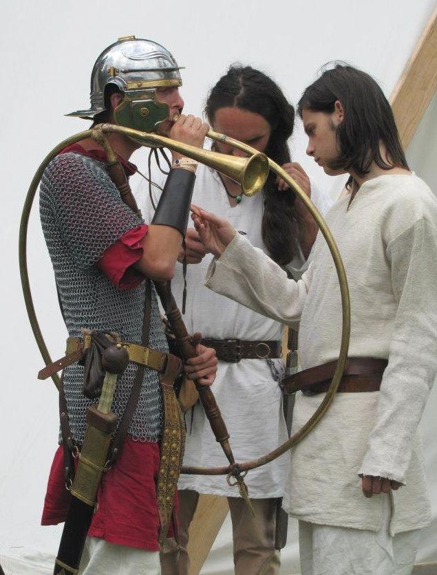 Romania pictures ~ a beautiful corner of Europe Getae-Dacians brought to life part 3history » dacian boys roman soldier romaniansmen