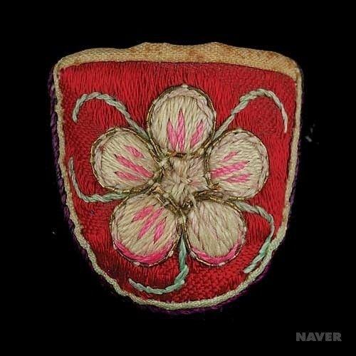 Handmade Korean thimble - flower embroidery motif 골무 : JASU129 - 유