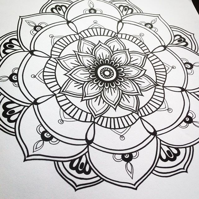 Air Mandala thebookofmandalas #evelynillustrations #coloring #coloringforadults #colours #coloringbook #colorpencil #art #designer #bw #mandala #drawing #draw #etsy #handmade #colouringbook #kleuren #felnőttszínező #kifesto #szinezo #mandalaart #diy #mandalalove #mandalas #malbuch #malebog #floralart #floral