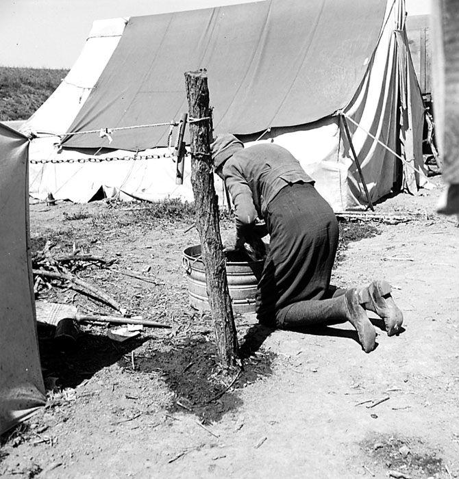 Wash day, Westley, California Dust bowl, Historical, Westley