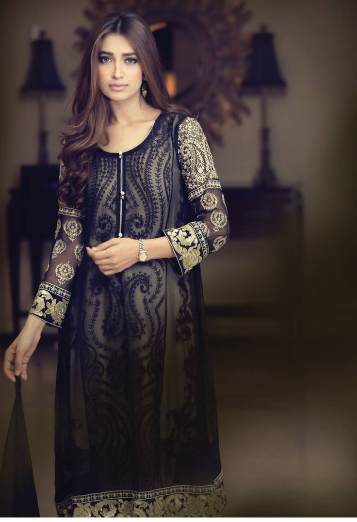 REPLICA Maria B. Suits Book your suits now! Will be stitched according to your size and measurements. $125 CAD (FREE CANADA-WIDE SHIPPING) Inbox or DM for details www.facebook.com/motilibas  #desiwear #pakistaniclothes #plain #palazzo #printed #Pakistani #partywear #sale #suits #simple #spring #lawn #mariab #ethnic #embroidery #summer #fashion #freeshipping #custom #cigarettepants #bridal