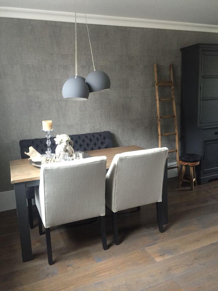 L' Authentique meubelen, behang elitis. Advies Westerbroek Elspeet. www.westerbroek.nl