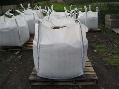 reusing builder's bags for potatoes, great if your garden is in transition