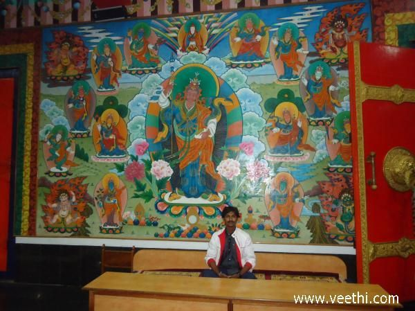 Thangka paintings at Golden Temple | Veethi