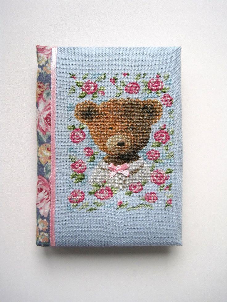 cross stitch hand made notebook блокнот ручной работы с нуля вышивка медвежонка bear девочка-медвежонка