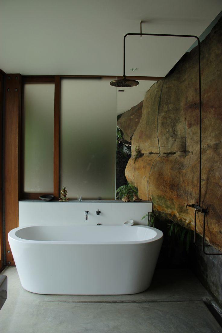 Cliff Face House | Palm Beach, Sydney, Australia / Peter Stutchbury architect (Ph: Paula Herrero - 2014)