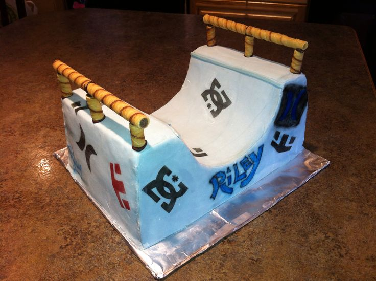 Tech Deck Ramp Cake Tabi S Kitchen Creations Pinterest