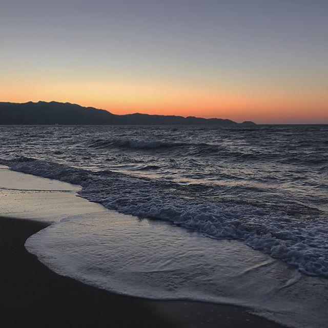 Meet me where the sky touches the sea ☀️// 🌊 - - - - #ig_greece #igtravel #ig_crete #igersworldwide #ig_captures #ig_photooftheday #photooftheday #skyporn #sky #igersoftheday #igers #igersworldwide #travelling #photography #instasummer #instatraveling #instalifo #lifomag #summervibes #vibes #sea #ocean #seaview #sea🌊 #litgr