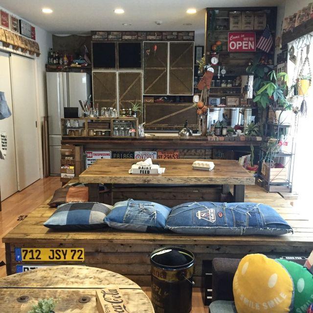 Mackeyさんの、Lounge,食器棚,DIY,カフェ風,アメリカン,見せる収納,アメリカンビンテージ,食器棚リメイク,リノベーション,カフェ風インテリア,カフェ風キッチン,セルフリノベーション,男前インテリア,男前化計画,ベニア板,リノベ,RC九州支部,しゃれとんしゃあ会,木のある暮らし,木のある生活,インスタmackey2480についての部屋写真