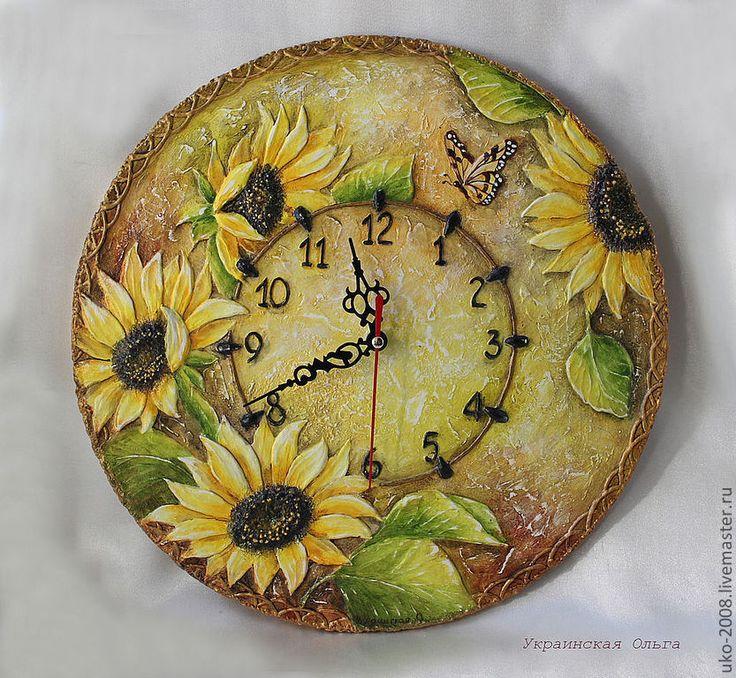 """Купить Часы в объемной технике """"Подсолнухи"""" - жёлтый, желтый и коричневый, теплые тона, подсолнухи, бабочка"""