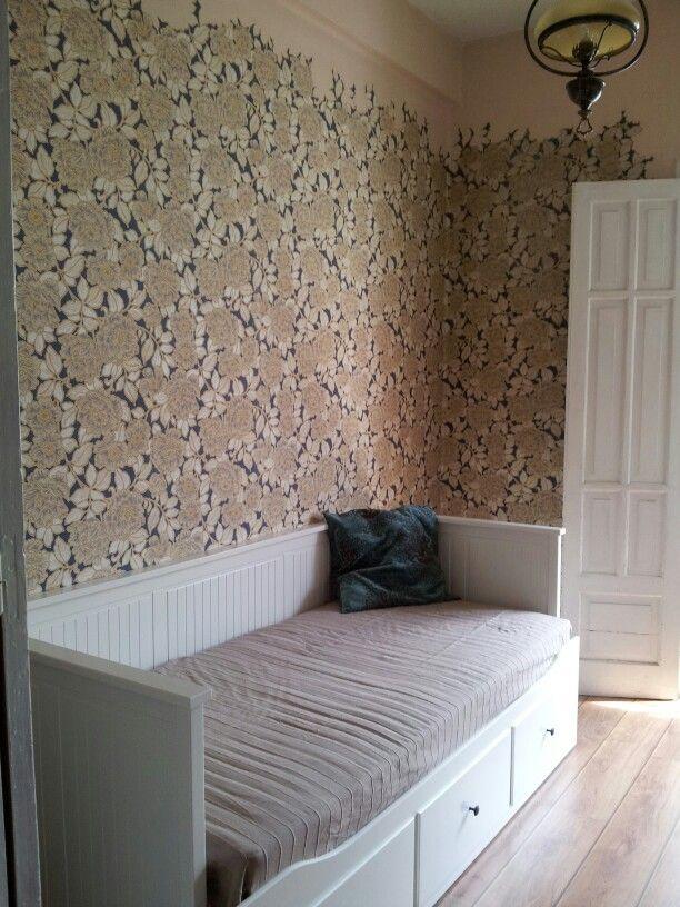 Papel integrado con pintura hecho por mi cama nido ikea for Colchon cama nido ikea