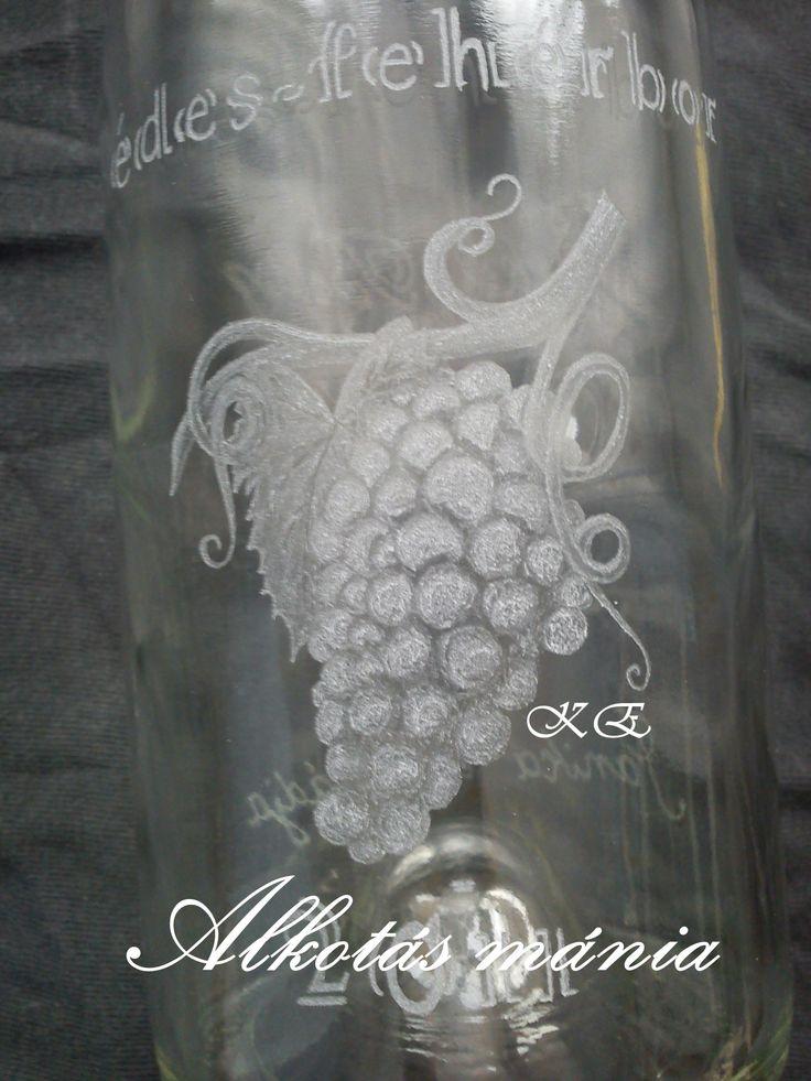 #szőlős##gravírozott##boros##palack##gyümölcsös##alkotásmánia#