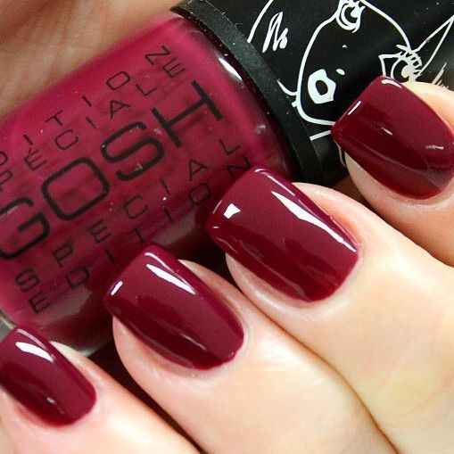 Our 008 Berry Me Nail Lacquer continues to be a fave amongs our GOSHIES!  The perfect fall colour! #GOSHCOPENHAGEN #BerryMe #NailLacquer #NailNovember #MakeYourImpression Repost from beautynailsfun.nl