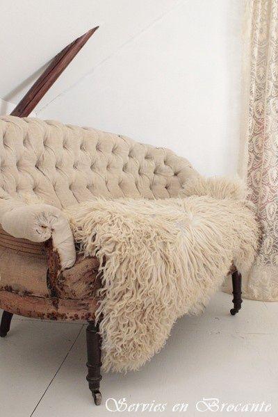 pinned by barefootstyling.com Prachtig schapenvacht/ Wonderful sheep fur