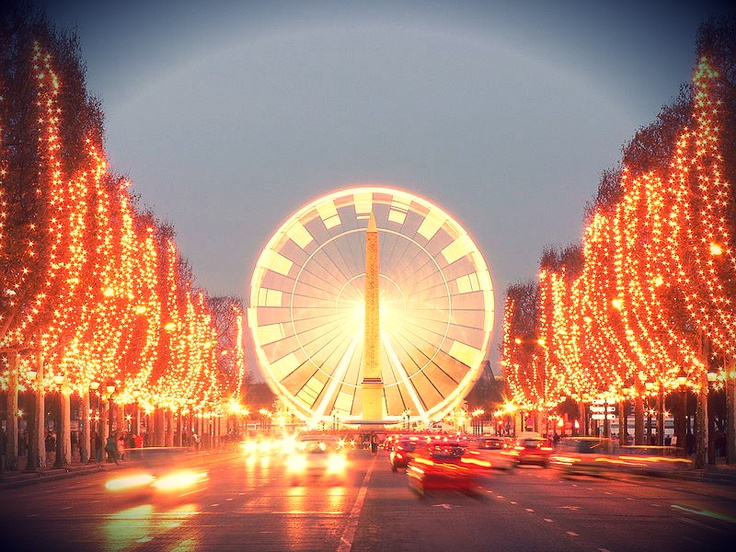 #Champs Elysee during Christmas, Paris © David Monniaux, Wikipedia FR
