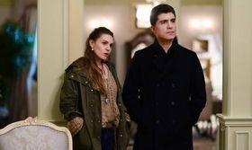 Η πρωταγωνίστρια της σειράς Η νύφη έχει σχέση και είναι τρελά ερωτευμένη με τον   Η πρωταγωνίστρια της τουρκικής σειράς του Mega Η νύφη Ασλί Ενβέρ ετοιμάζεται και στην πραγματική της ζωή να ντυθεί νύφη και όχι για πρώτη  from Ροή http://ift.tt/2wIQzyk Ροή