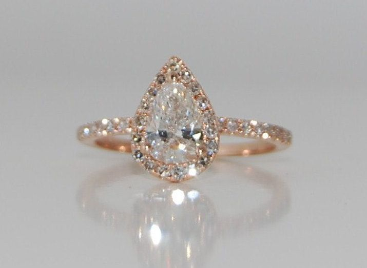 Rose gold diamond ring pear cut diamond. 1.02ct by EidelPrecious