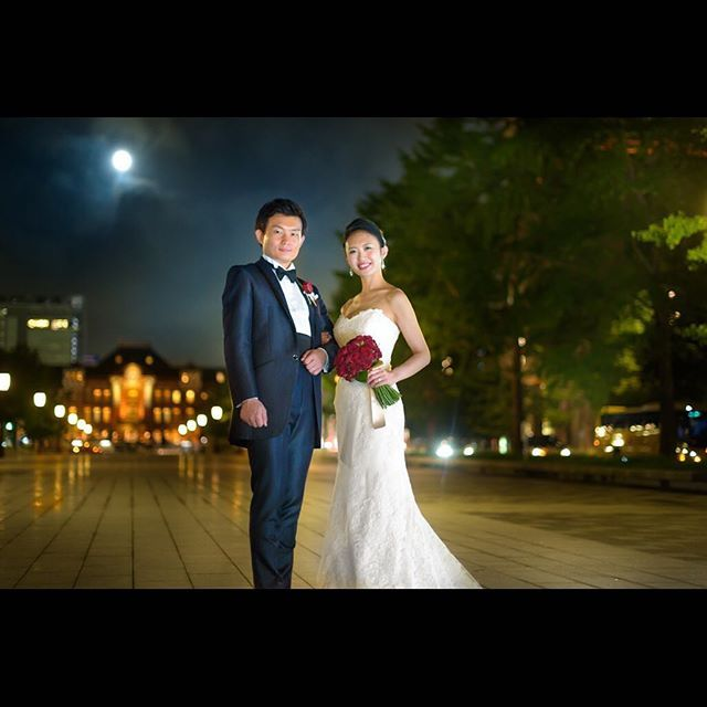 満月の東京駅ロケ  #DAYS右近#フォトスタジオデイズ #photostudiodays #パレスホテル東京 #palacehoteltokyo#weddingphoto#wedding#weddingphotographer#mariage#ブライダル#ブライダルフォト#ウェディングフォトグラファー#結婚式カメラマン#結婚式準備#igersjp  #日本中のプレ花嫁さんと繋がりたい#プレ花嫁#結婚式#写真好きな人と繋がりたい#2017wedding#marryxoxo#ロケーションフォト#カメラ好きな人と繋がりたい #山吹西#山吹東#花嫁会 #2016冬婚 #2017冬婚#東京駅#igersfollow