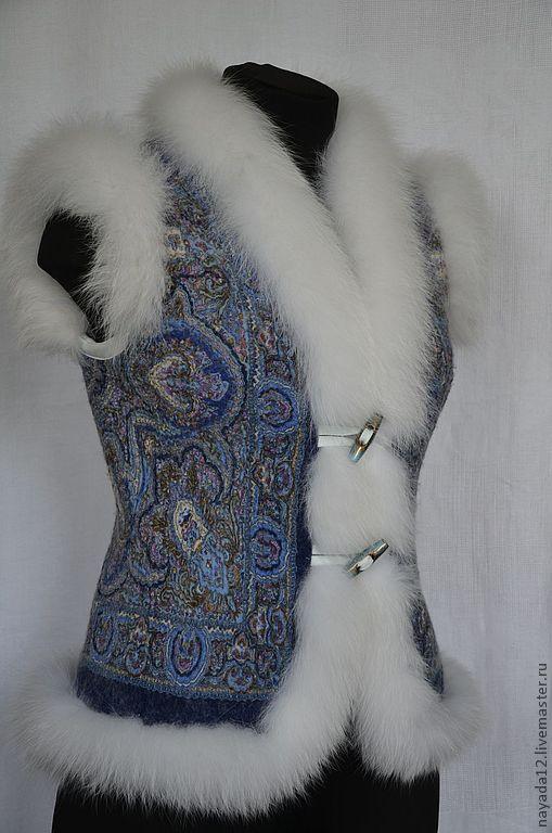 Купить Жилет из павловопосадского платка валяный с мехом песца РЕЗЕРВ - павловопосадский жилет, жилет