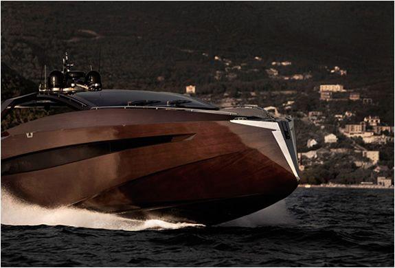 img_hedonist_yacht_artofkinetik_2.jpg
