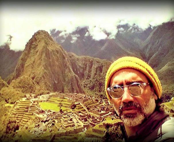 Alejandro Fernández y su novia Karla Laveaga presumen su viaje a Perú