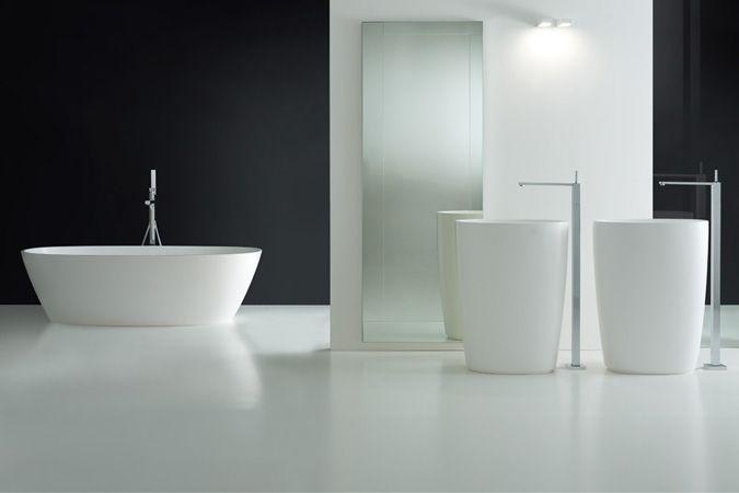 Moderne Italiaanse badkamer - gietvloer