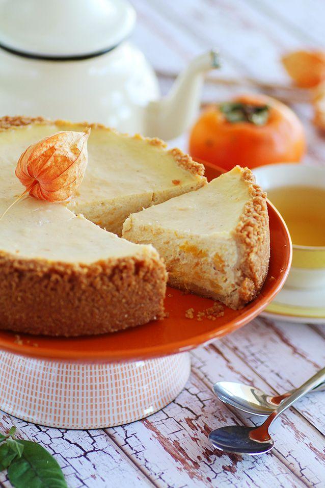 Pour apprécier l'automne, quoi de mieux qu'un délicieux cheesecake au potiron ? Cette cucurbitacée se marie à merveille avec la cassonade et la cannelle.