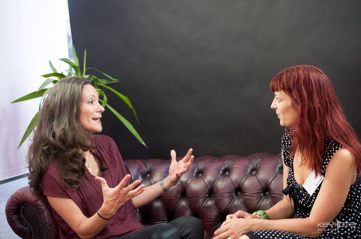 Paula Larrain fortæller om sin business og hvad hun inspireres af i studiet hos SkabDigBare og Elisabeth Vind. På Iværk&Vækst messen CPH 2013.