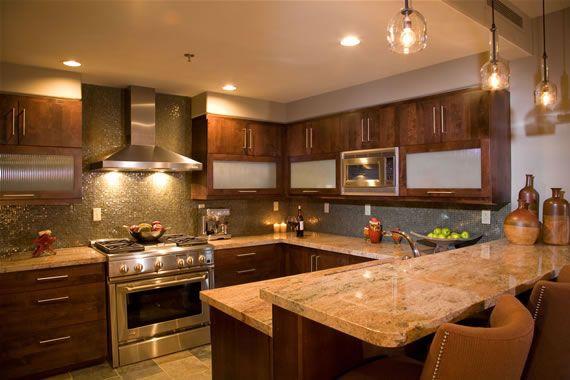 warm kitchen design Warm Kitchen w/earth tones.love the simple pendant