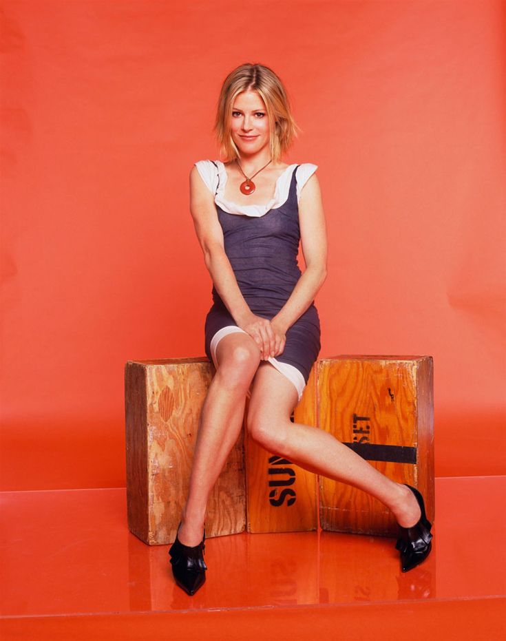 Julie Bowen From Tvs Modern Family Lookin Good-8892