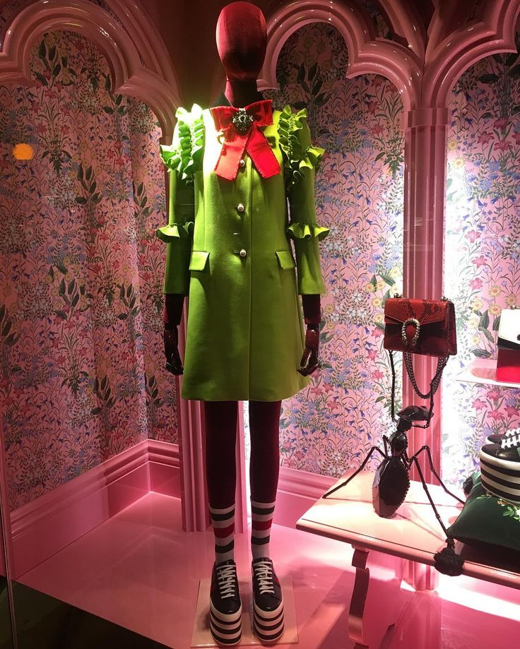 "GUCCI, London, UK, ""The punk, the Victorian, the eccentric"", by Alessandro Michele, pinned by Ton van der Veer"