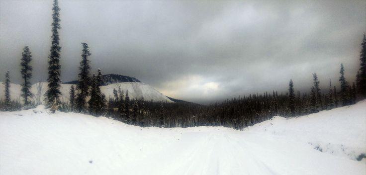Invierno en el norte de Canadá. Si quieres saber más, visita: http://www.fundacioaurora.com/isladevancouver/?portfolio=misioneros