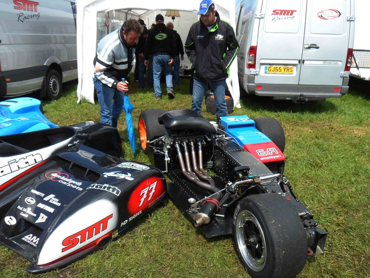 Sidecar Racing - Foto : Moric van der Meer