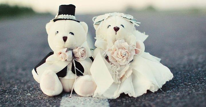 Nunta perfectă este la 4 pași distanță. Decomag îți oferă GRATUIT pachetul pentru organizarea unei nunți de vis. #Decomag - creativitate și pasiune pentru evenimente organizate cu suflet. http://ift.tt/2fXNpdX